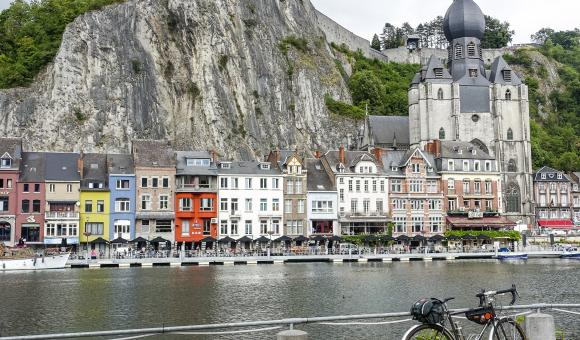 La ligne Namur-Dinant